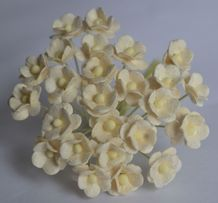 1.3cm OFF WHITE DOUBLE-LAYERED Daisy Mulberry Paper Flowers